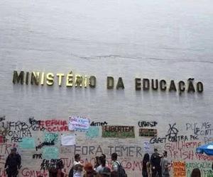 protesto, brasil, and fora temer image