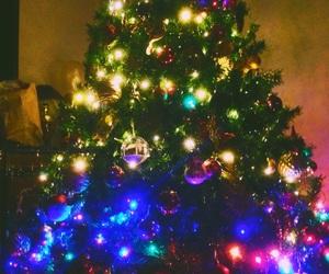 christmas, gold, and green image