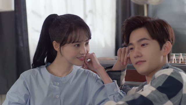 Image About Yang Yang In Love O2o Just One Smile Is Very Alluring By A Girl From The Moon