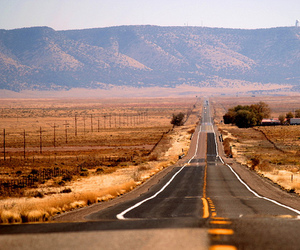 road and route 66 image