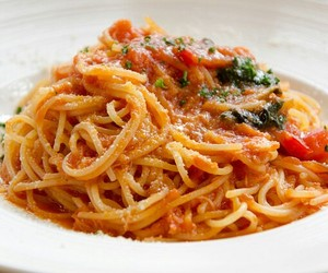 delicious, food, and spaghetti image