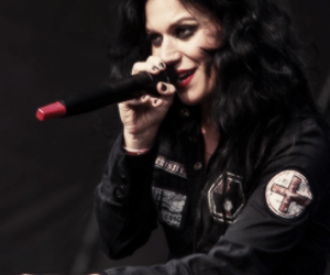 dark, Lacuna Coil, and singer image
