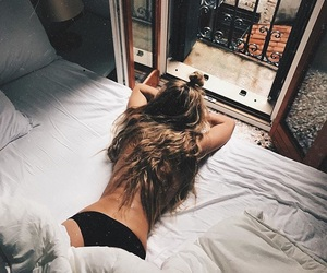 bed and hair image