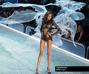 fashion show, parís, and vsfs image