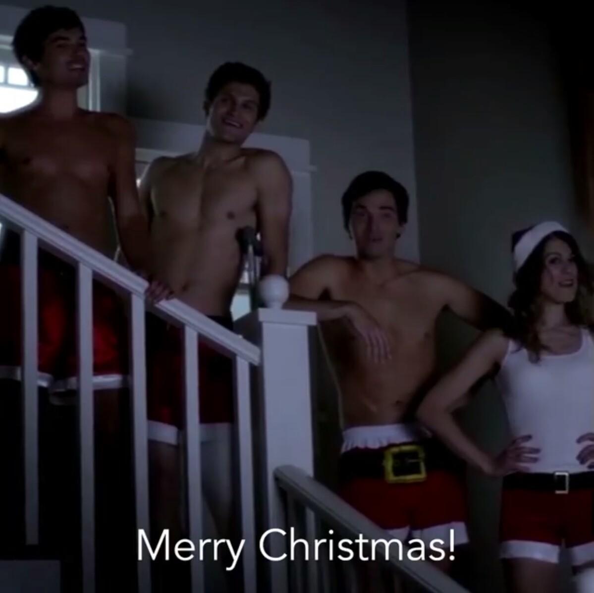 christmas and pll image