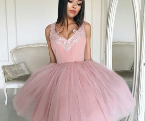beauty, fashionista, and princesdress image
