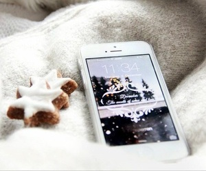 iphone, christmas, and winter image