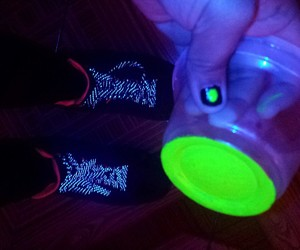 alex, fluorescente, and darks image