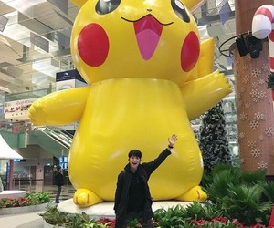 amber, kpop, and pikachu image