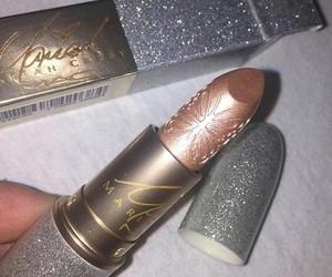 makeup, lipstick, and glitter image