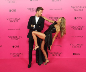 Victoria's Secret and romee strijd image