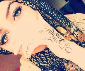 eyes and hijab image