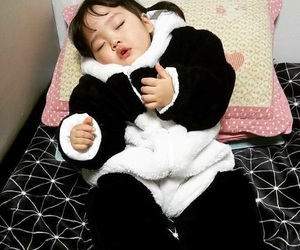baby, kwon yuli, and korean image