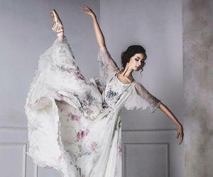 dance, o, and robe image
