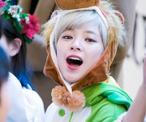 k-pop, twice, and jeongyeon image