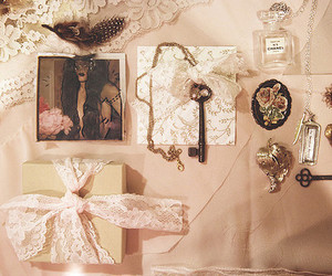 vintage, key, and lace image