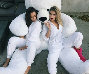friends, bear, and friendship image