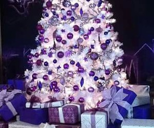 christmas, morado, and seasin image