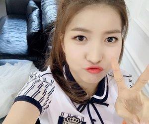 sowon, gfriend, and kpop image