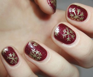 nails and christmas image