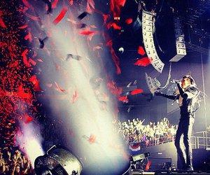 alien, bill kaulitz, and concert image