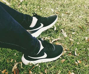 nike, shoes, and newshoes image