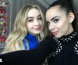 sabrina carpenter and sofía carson image