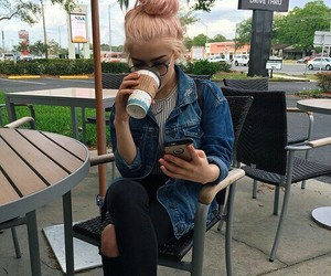 girl, tumblr, and pink image