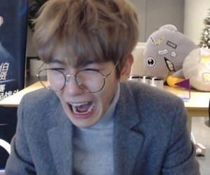 exo, funny, and reaction image
