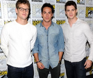 hotties, Zach Roerig, and the vampire diaries image
