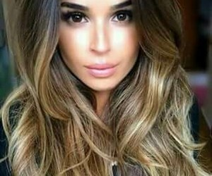 hair, rubia, and mechas image
