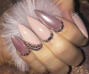 nails, pink, and luxury image