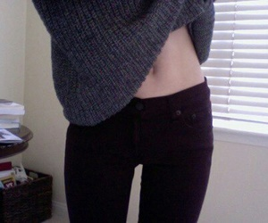 pale, grunge, and skinny image