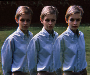 twiggy, 60s, and photography image
