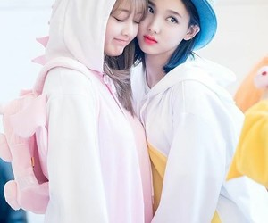k-pop, nayeon, and twice image