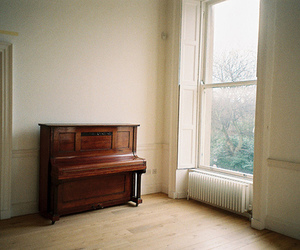 piano, vintage, and indie image