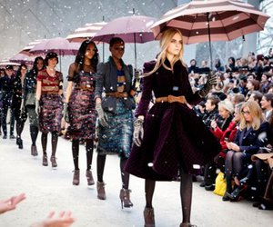 fashion show, fashion, and Burberry image