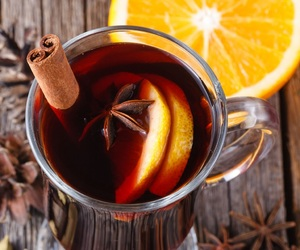 spices and gluhwein image
