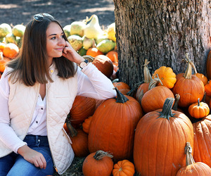boyfriend jeans, new england, and pumpkin patch image