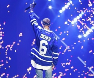 justin bieber, purpose tour, and beliebers image