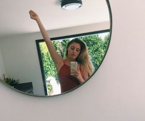 lia marie johnson image