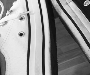 black&white, boyfriend, and converse image