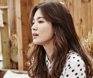 song hye kyo, descendants of the sun, and korean image