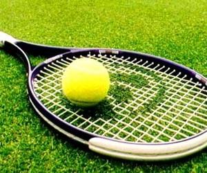 ball, 🎾, and racket image
