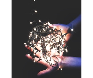 arbol, dark, and luces image