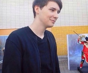 dan howell image