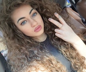 beauty, style, and curl image