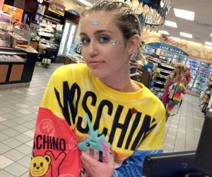 miley cyrus, miley, and Moschino image
