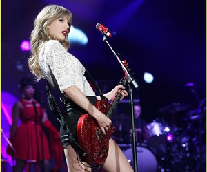 red and redtaylorswiftredtour image