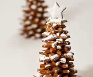christmas, gingerbread, and tree image